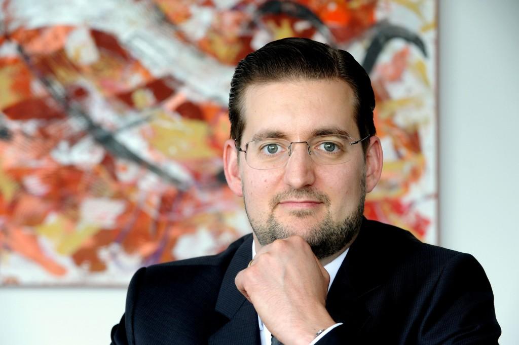 Patent- und Rechtsanwälte, ULLRICH & NAUMANN, ROBIN BASTERT